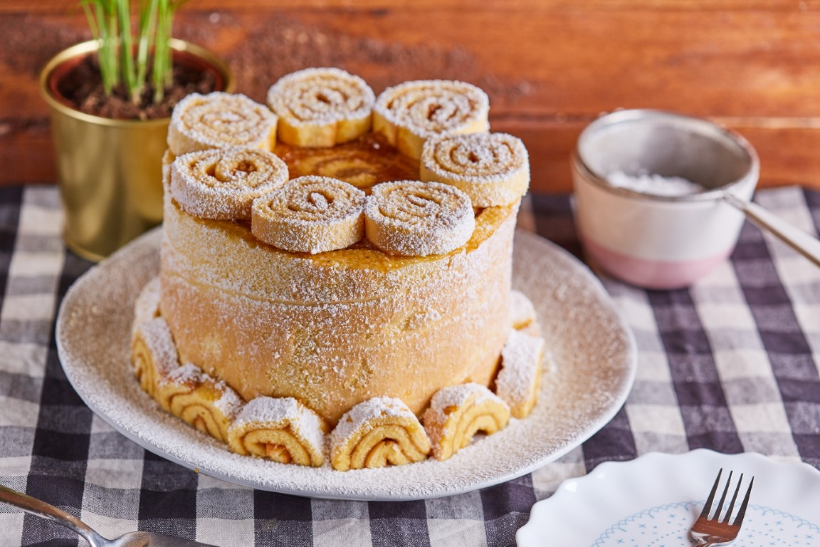 piskotatekercs torta