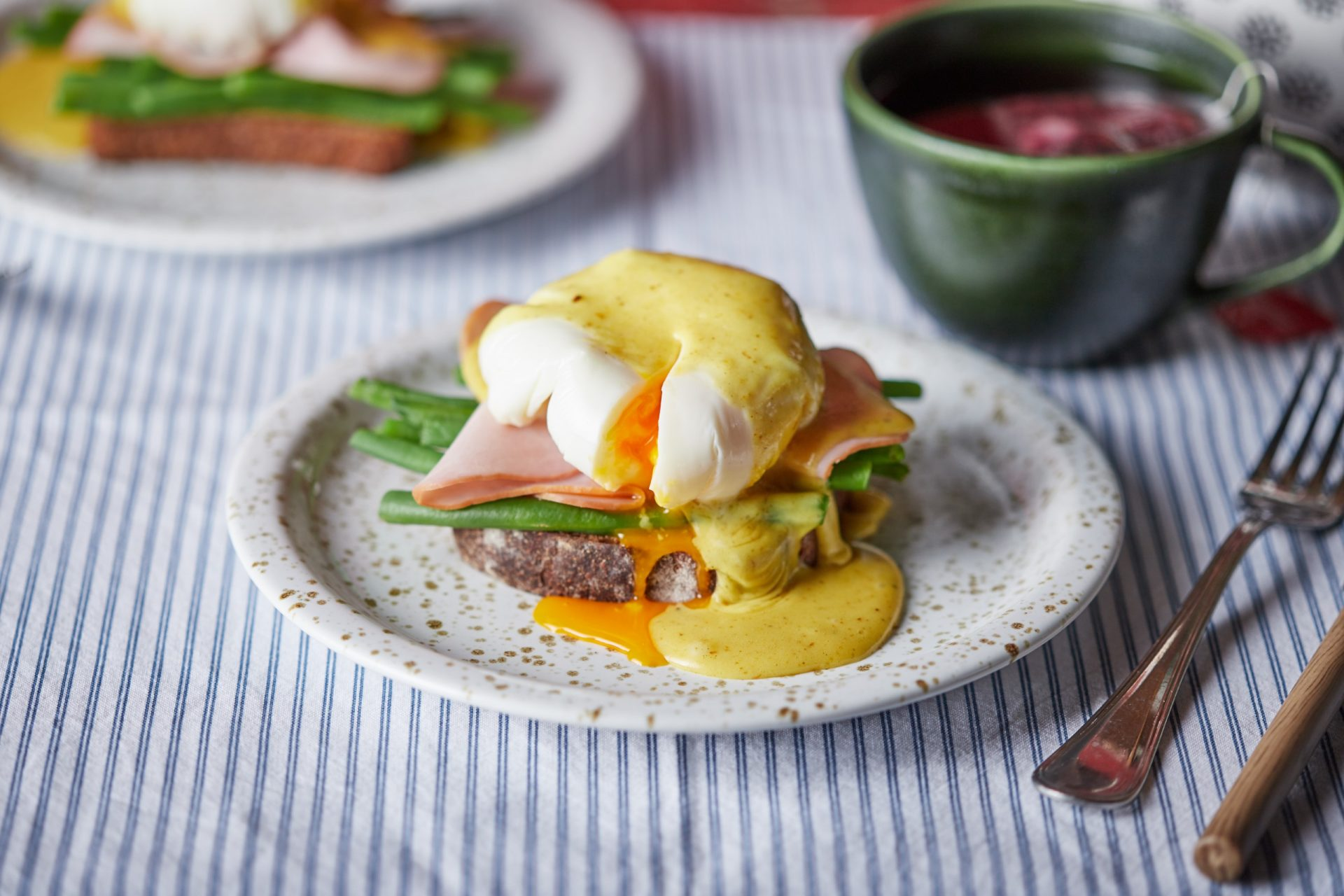 Lilla-féle eggs benedict