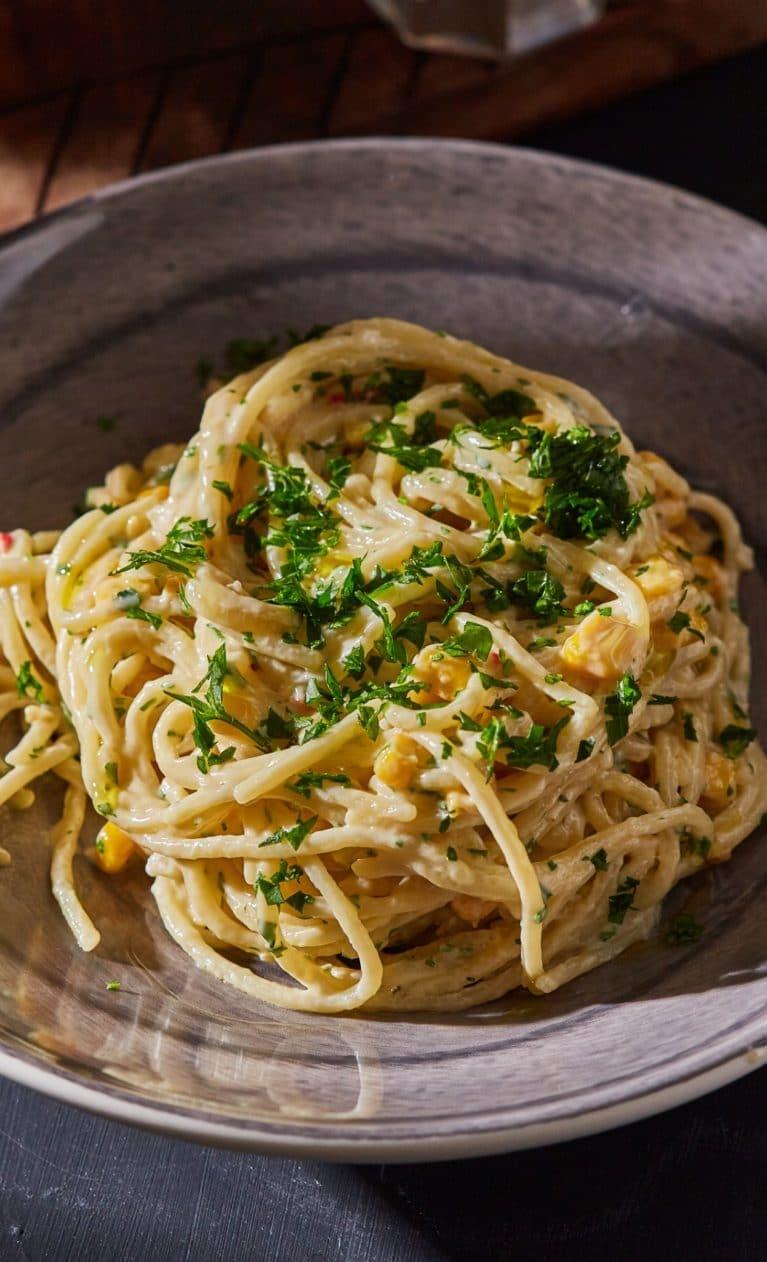 tejszínes-chilis-kukoricás spagetti