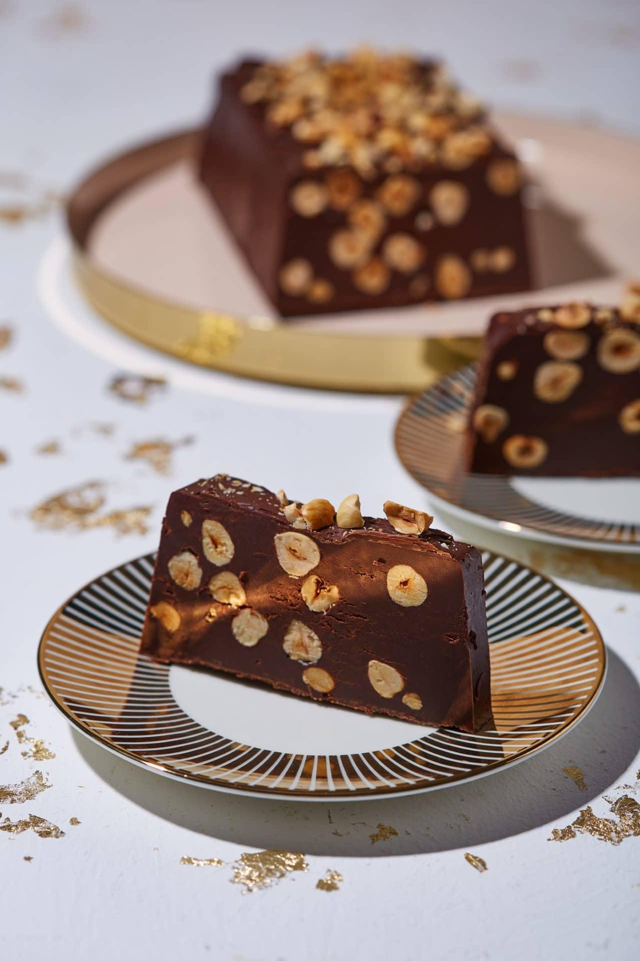 Csokis-törökmogyorós szelet