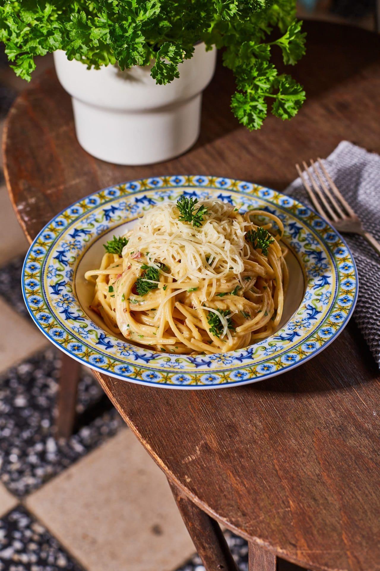 tarjás-sajtos spagetti