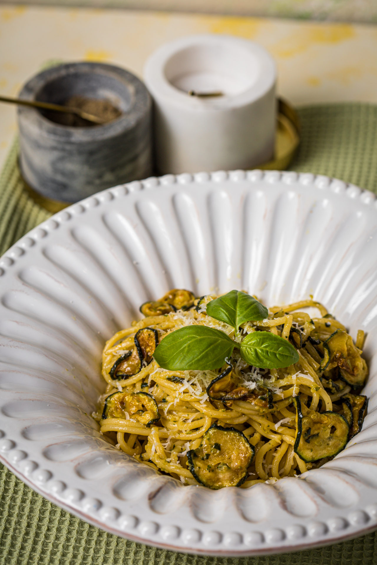 cukkinis kaják - spagetti