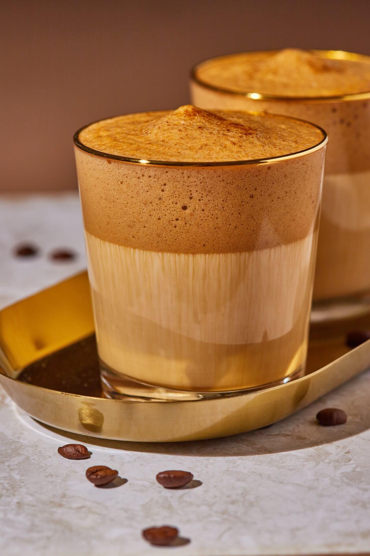 Habos-fehérjés reggeli kávé