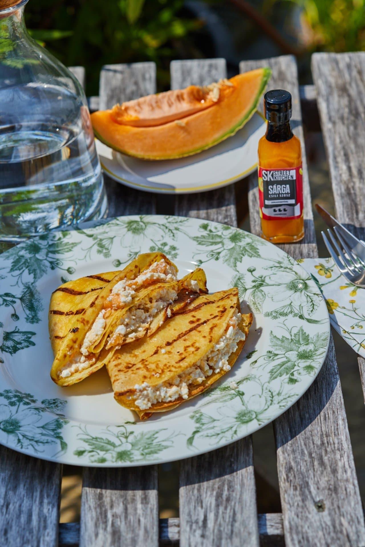 Csilis-sárgadinnyés-túrós grillezett palacsinta-chilivel