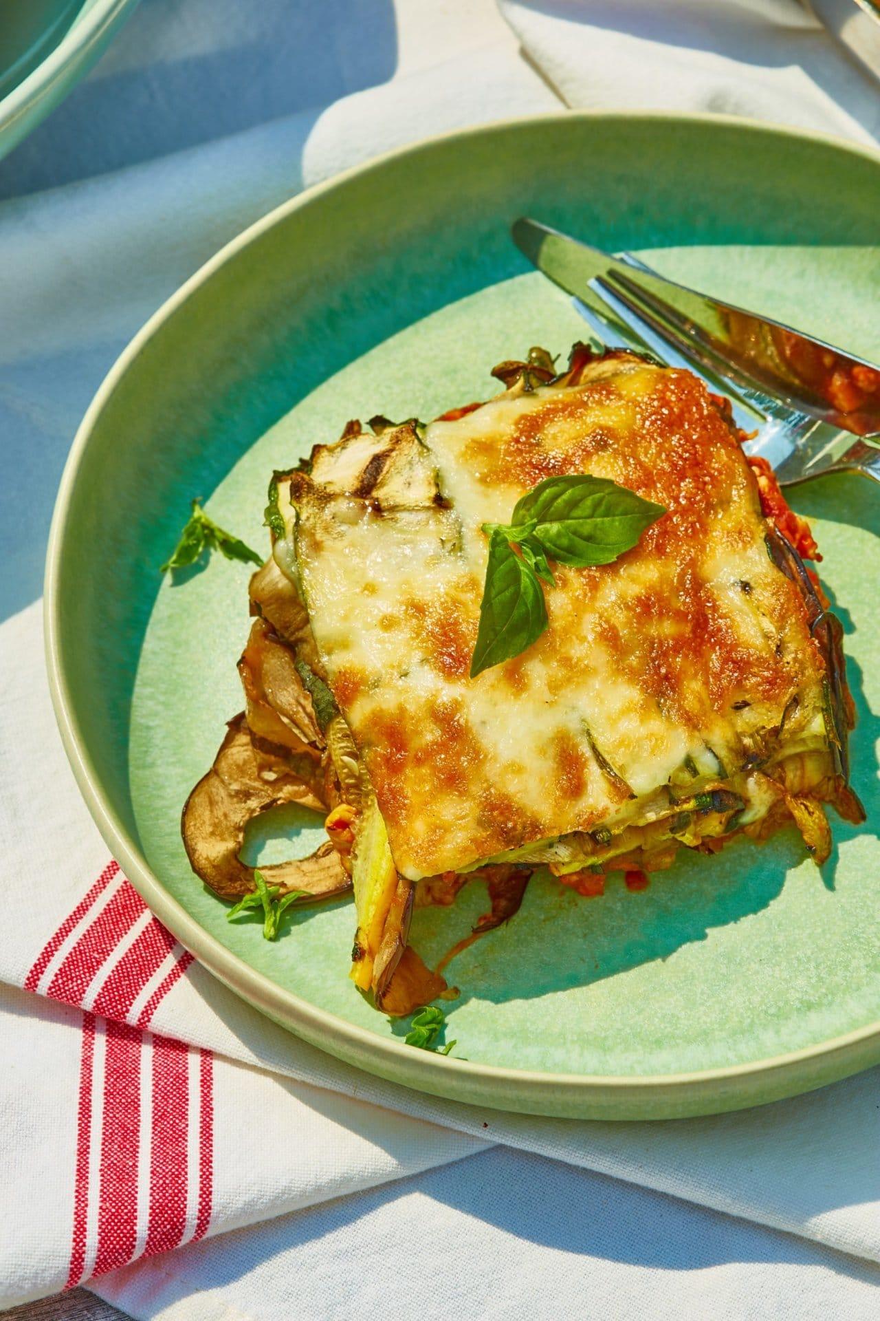 Grillezett zöldséglasagne csirkével