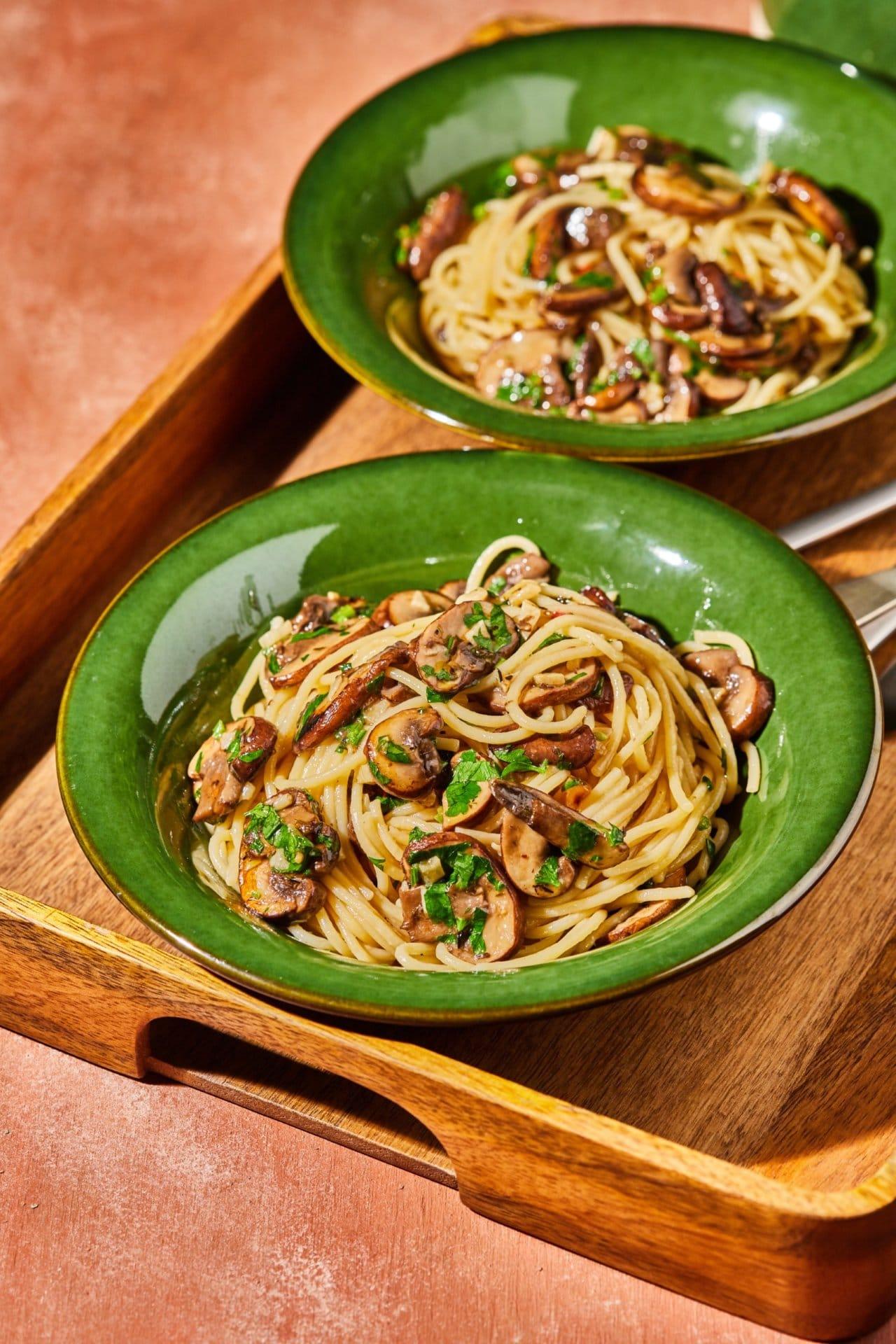 Gombás aglio e olio spagetti