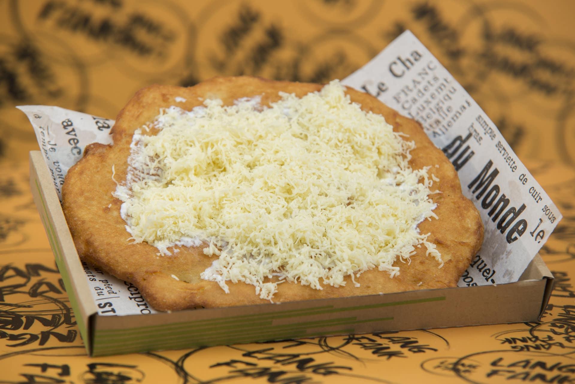 hagyományos sajtos-tejfölös - láng fánk