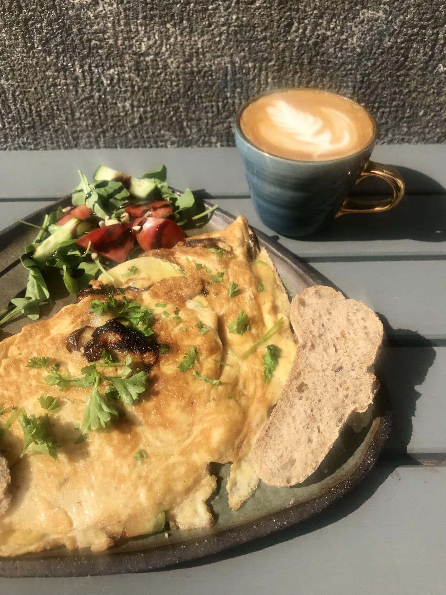 Cukkinis-parmezános omlett